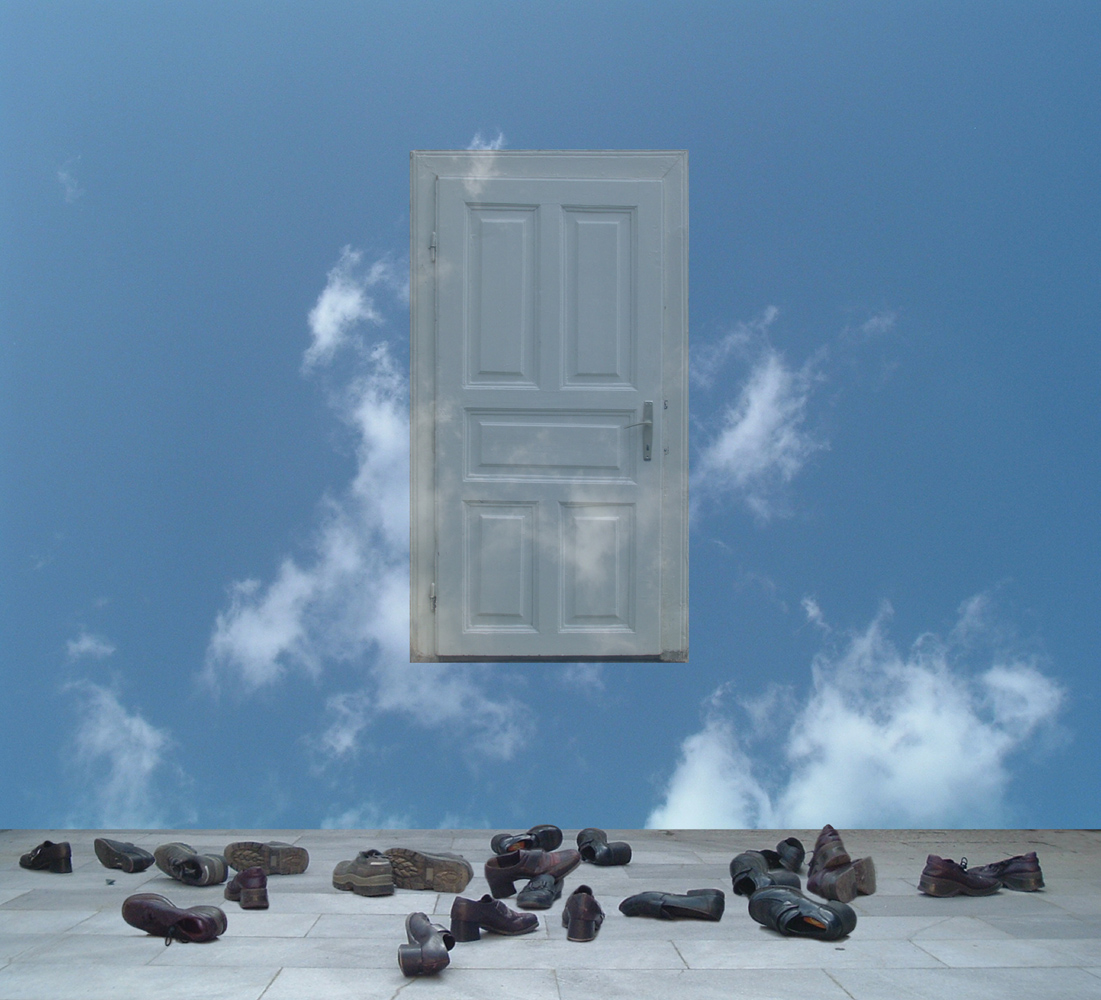 The heavenly door - Srebrenica 10 years after