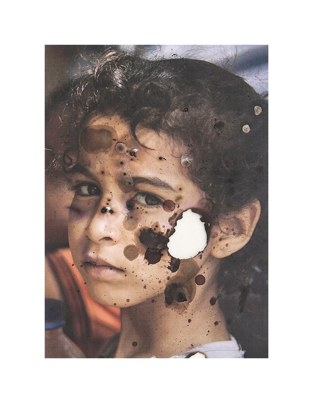 Palestinian girl watching the world